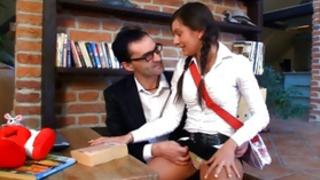 Salacious brown-haired tramp is getting her vagina hustled by the decadent man