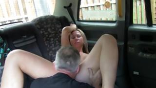 Nice prostitute grabs her drilled in a car