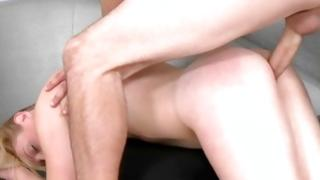Heavy screwed blondie screaming so loudly and seductively